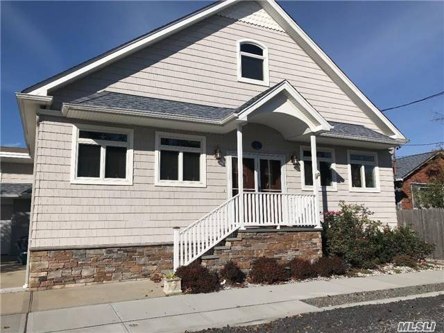 3 Inwood, Point Lookout, NY 11569