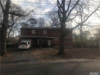 480 Free State Dr, Shirley, NY 11967