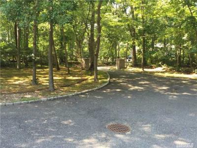 Photo of 5 Coon Hollow Rd, Lloyd Neck, NY 11743