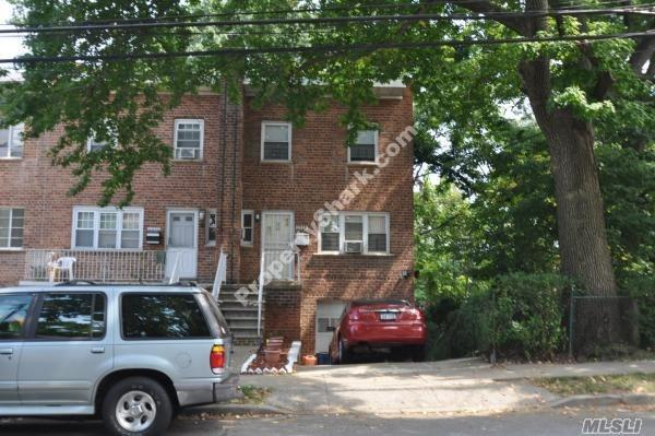 2528 Pearsall Ave, Out Of Area Town, NY 10469