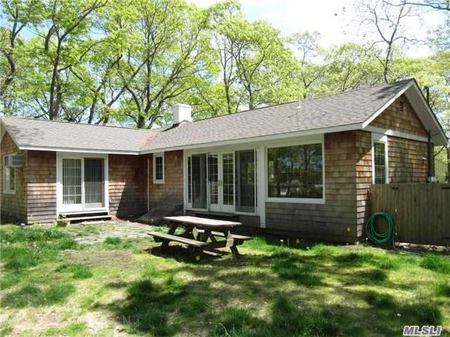 745 Smith Dr, Southold, NY 11971