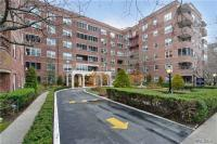 67-38 108 Th St #C17, Forest Hills, NY 11375