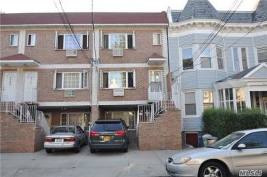3729 Olinville Ave, Out Of Area Town, NY 10467
