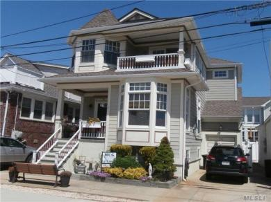 140 Garden City Ave, Point Lookout, NY 11569
