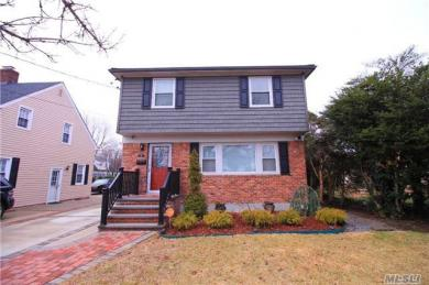 14 Spencer Pl, Hempstead, NY 11550