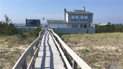 Photo of 533 Dune Rd, Westhampton, NY 11977