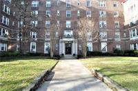 68-10 108th St #6g, Forest Hills, NY 11375