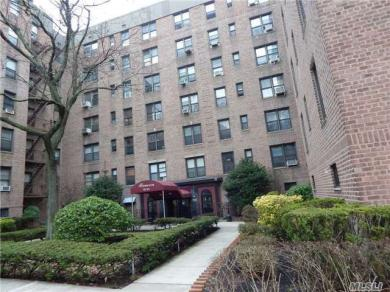83-05 98th St #1s, Woodhaven, NY 11421