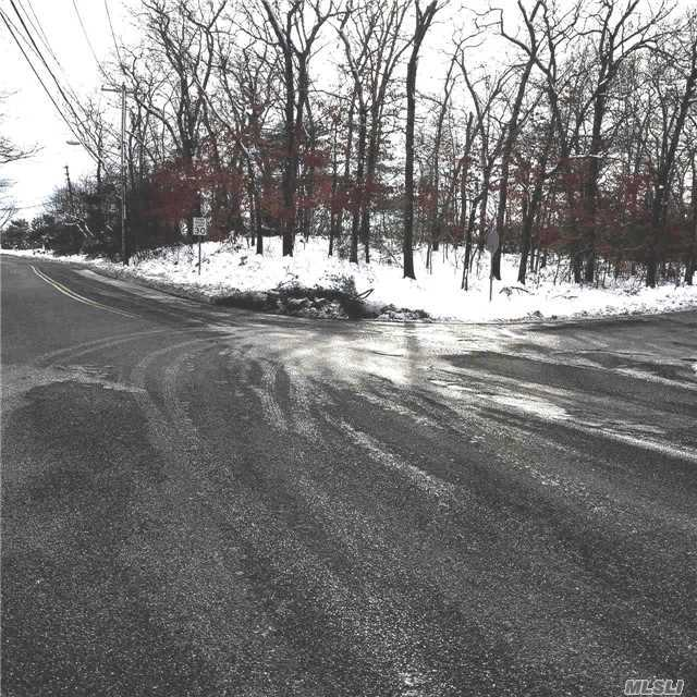 Bellport Rd, Yaphank, NY 11980