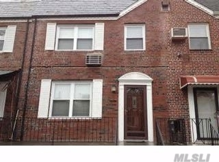 Photo of 73-16 173rd St, Fresh Meadows, NY 11366