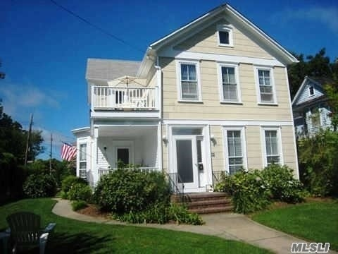 403 4th Downstairs St #1st Fl, Greenport, NY 11944