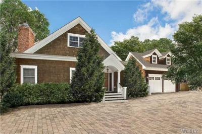 Photo of 45 Old Depot Rd, Quogue, NY 11959