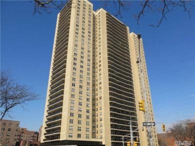 110-11 Queens Blvd #22d, Forest Hills, NY 11375