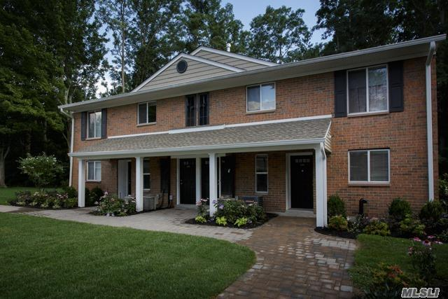 10 Country Club Dr #10c, Coram, NY 11727