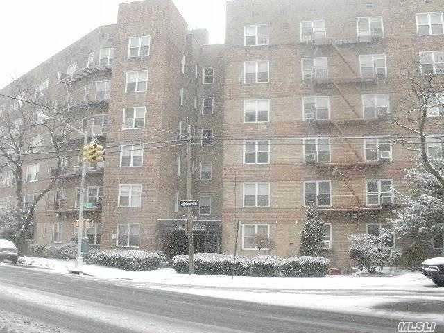 74-45 Yellowstone Blvd #5a, Forest Hills, NY 11375