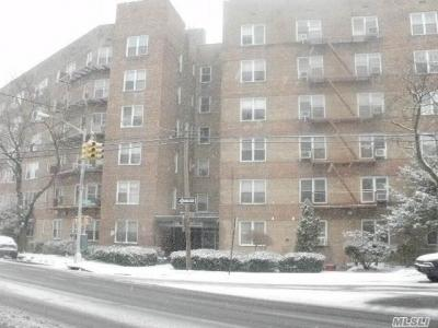 Photo of 74-45 Yellowstone Blvd #5a, Forest Hills, NY 11375