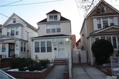 62-58 Booth St, Rego Park, NY 11374