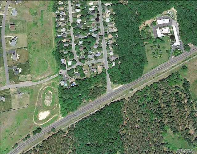 N/N Middle Country Rd, Calverton, NY 11933
