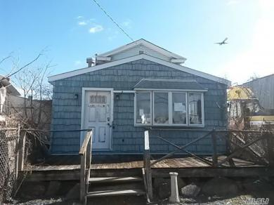 155-31 Bayview Ave, Rosedale, NY 11422