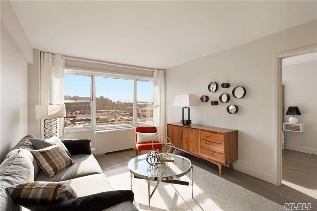 107-40 Queens Blvd #4d, Forest Hills, NY 11375