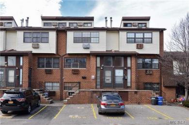 2-20 Capstan Ct #102a, College Point, NY 11356