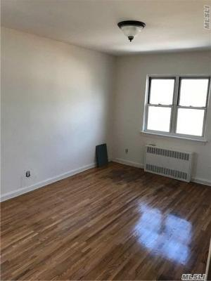Photo of 78-01 164th Street #2, Fresh Meadows, NY 11366