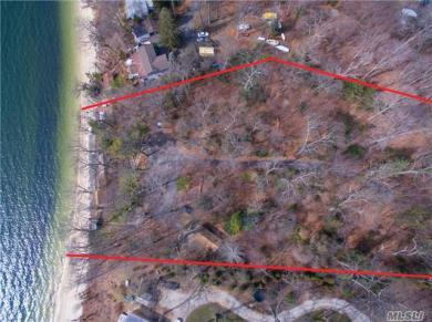 120 Old Winkle Point Rd, Northport, NY 11768