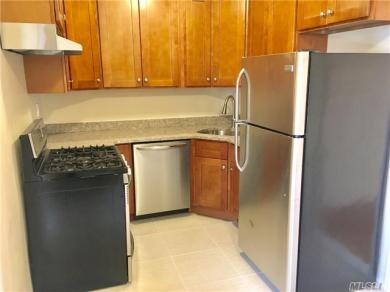 100-25 Queens Blvd #4r, Forest Hills, NY 11375