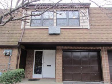 4-10 121 St, College Point, NY 11356