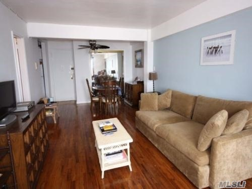 129 Beach 118th #4e, Rockaway Park, NY 11694