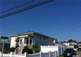 102 West Blvd, E Rockaway, NY 11518