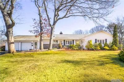 Photo of 29 S Pinelake Dr, Patchogue, NY 11772
