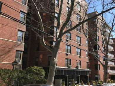 6741 Burns St #503, Forest Hills, NY 11375