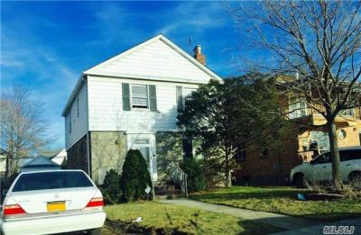 Photo of 75-25 177th St, Fresh Meadows, NY 11366