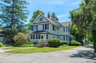 Photo of 3383 Bunker Ave, Wantagh, NY 11793
