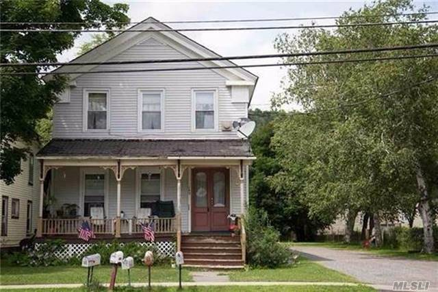 149 Main St, Out Of Area Town, NY 12155