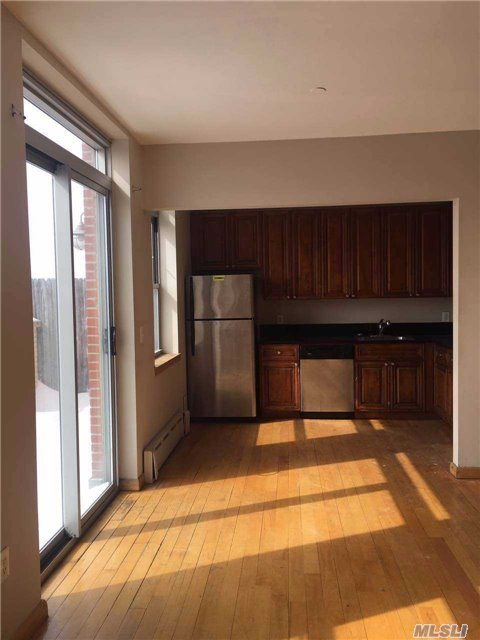 14-34 110th St #6c, College Point, NY 11356