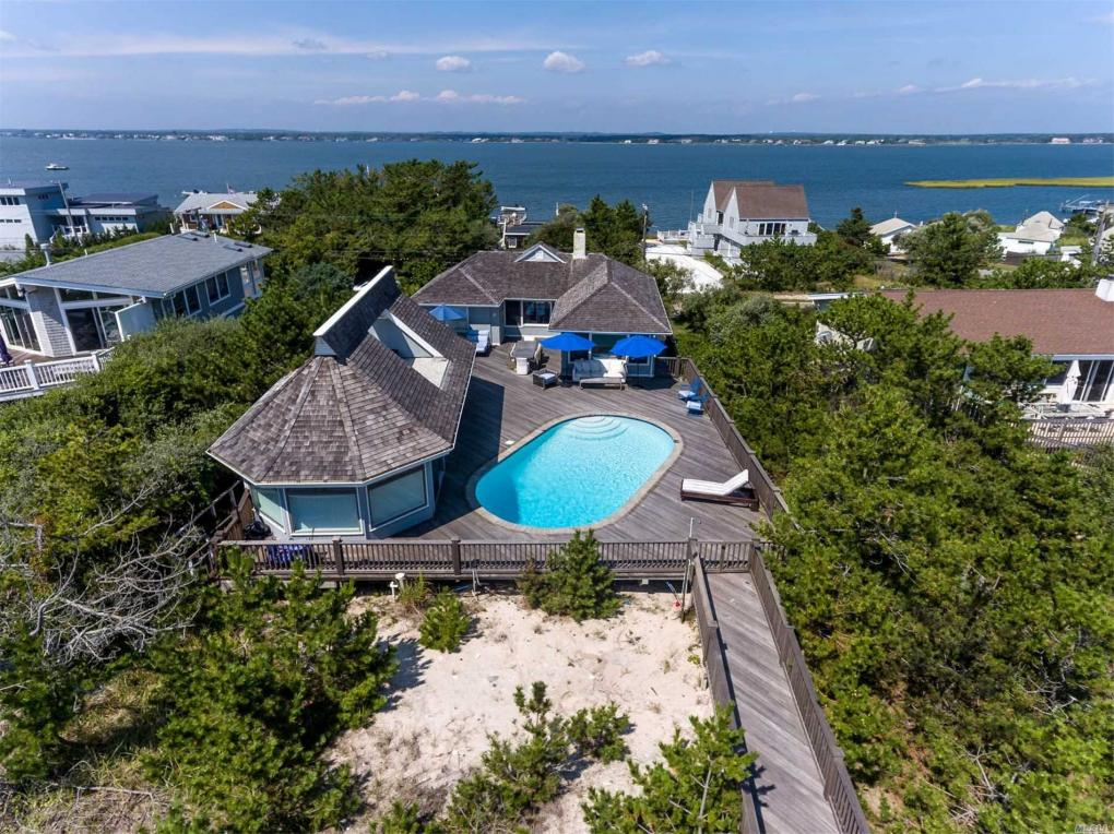 499 Dune Rd, Westhampton Bch, NY 11978