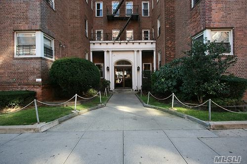 111-50 75th Rd #A 42, Forest Hills, NY 11375