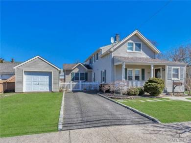 177 Smith Ave, Islip, NY 11751
