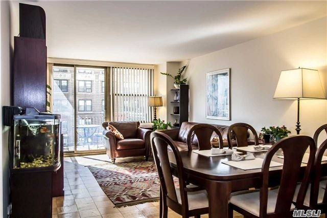 301 East 79 St #12l, Out Of Area Town, NY 10075