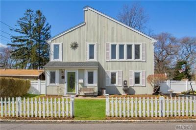 Photo of 50 Deforest Ave, West Islip, NY 11795