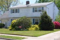 21 Timber Ln, Levittown, NY 11756