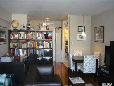 76-26 113 St #4c, Forest Hills, NY 11375