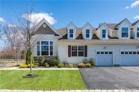 81 Pacific Dunes Ct, Medford, NY 11763