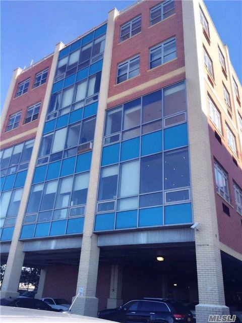 14-34 110th St #4a, College Point, NY 11356