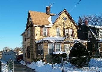 Photo of 161 Church St, Freeport, NY 11520
