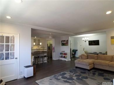 67-66 108th St #C47, Forest Hills, NY 11375