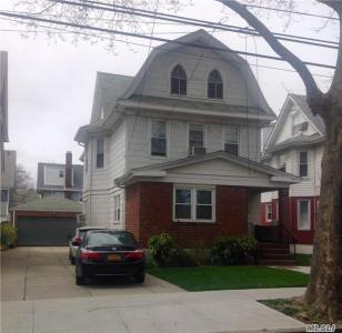 87-36 96th St, Woodhaven, NY 11421