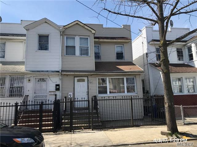 93-06 74th Pl, Woodhaven, NY 11421